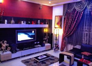 wizkid house interior. www.eremmel.com