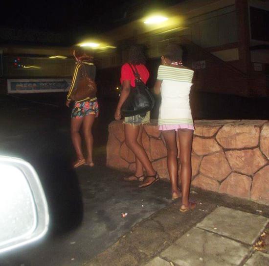 Kinshasa prostitutes phone. www.eremmel.com
