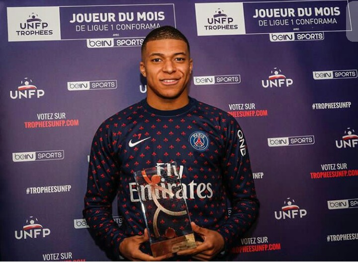 Kylian Mbappe whatsapp number, real phone number, private email contact and more