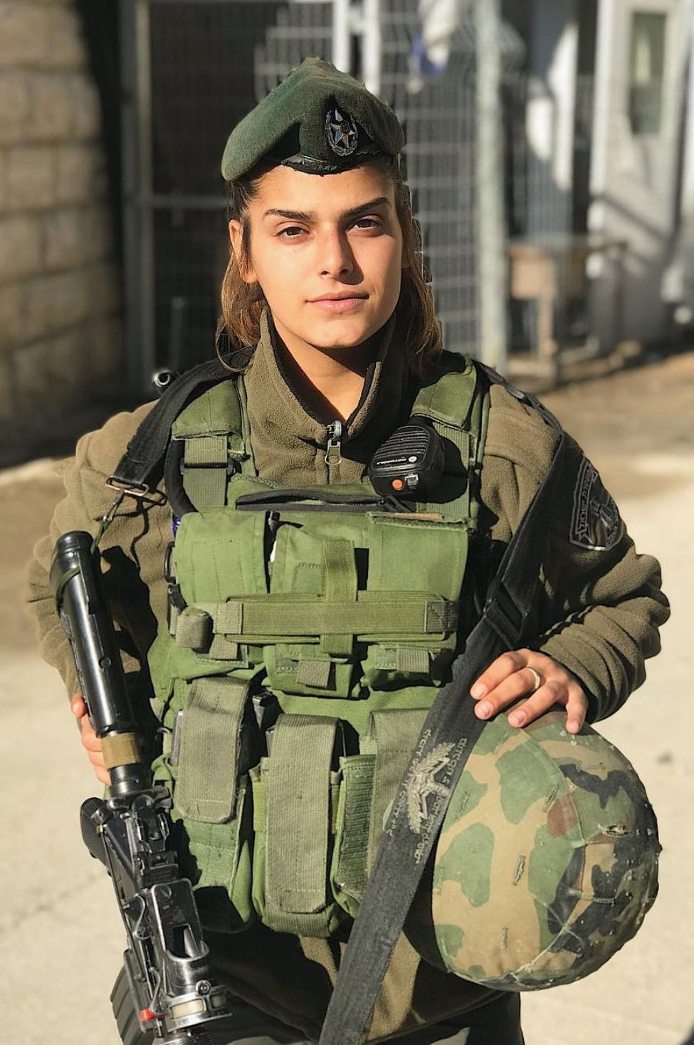 Female soldier pics for scammers. www.eremmel.com